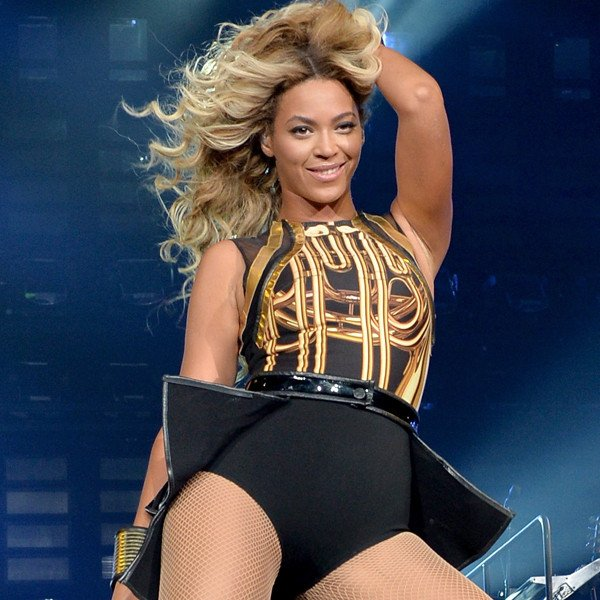 Beyonce has surprised her fans by unexpectedly releasing her fifth album on iTunes overnight