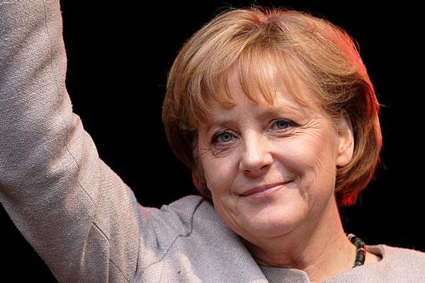 Bundestag has confirmed Angela Merkel as Germany's chancellor for a third term photo