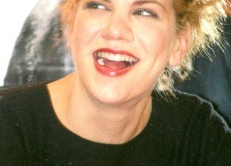 Kristen Johnston revealed via her Facebook page that she's been battling a serious health problem for several months