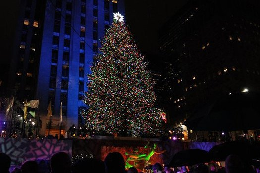 Mayor Michael Bloomberg turned on the Rockefeller Center Christmas tree lights photo