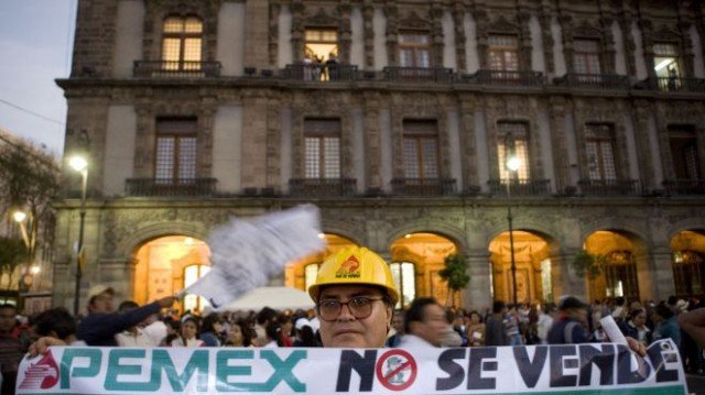 Mexico's Senate has approved a measure to open the state-run oil fields to foreign investment for the first time in 75 years