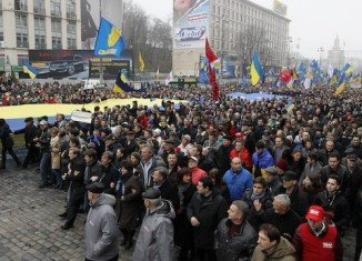 New mass protests against Ukrainian President Viktor Yanukovich's refusal to sign a trade deal with the EU are planned for Sunday at noon