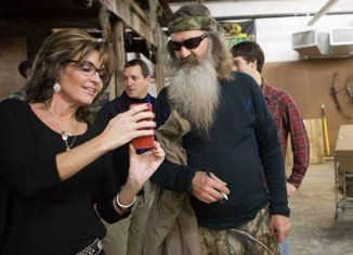 Sarah Palin has defended Duck Dynasty patriarch Phil Robertson after A&E placed him on indefinite hiatus for making anti-gay remarks