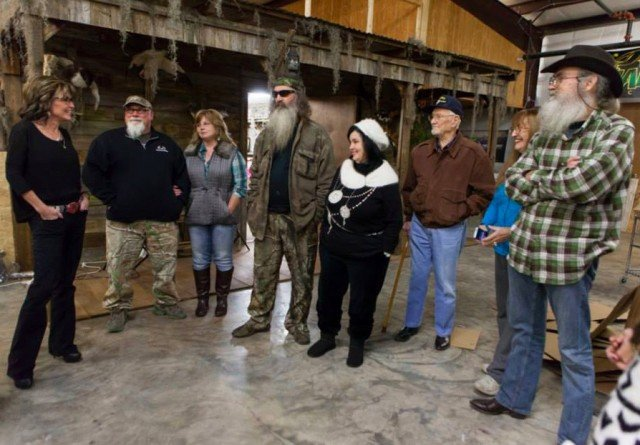 Sarah Palin met some of Duck Dynasty stars over the weekend while on her book tour in Monroe, Louisiana