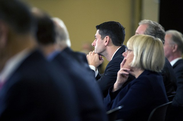 Senators Paul Ryan and Patty Murray the respective chairs of the House and Senate budget committees were called on to reach a cross party budget deal in the wake of Octobers partial government shutdown over federal spending photo