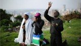"""South African people are taking part in a day of """"prayer and reflection"""" for late ex-President Nelson Mandela"""