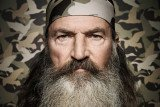 Twitter apologized for mistakenly blocking IStandWithPhil.com and restored pro-Phil Robertson users' ability to link to the website