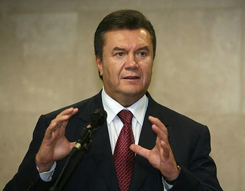 Viktor Yanukovych has said he strongly opposes Western politicians intervening in the crisis in Ukraine photo