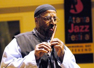 Yusef Lateef played in bands with Dizzy Gillespie and Charles Mingus and gained a global following as one of the first to incorporate world music into jazz
