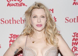 Courtney Love did not defame her former lawyer Rhonda Holmes in a 2010 Twitter post