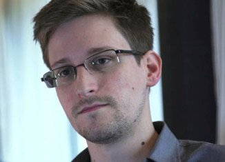 "Edward Snowden has said he has ""no chance"" of a fair trial in the US and has no plans to return there"