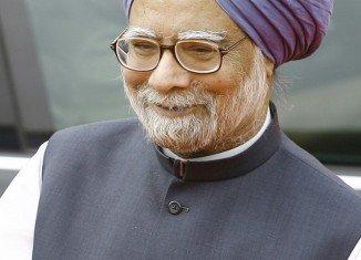 India's PM Manmohan Singh has announced that he will not stay in the post if his Congress party wins the next election