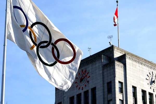 Indian athletes participating at next month's Winter Games in Sochi will compete under the Olympic flag