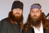 Jase Robertson got his payback when Willie fell asleep and they drew think eyebrows with permanent marker on the CEO's face