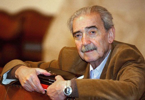 Juan Gelman is considered to be one of the greatest authors in Spanish and was awarded the prestigious Cervantes Prize in 2007 photo
