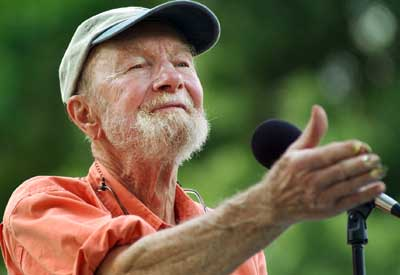 Peter Seeger gained fame in The Weavers, formed in 1948, and continued to perform in his own right in a career spanning six decades