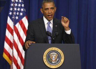 President Barack Obama has ordered curbs on the use of bulk data collected by all US intelligence agencies