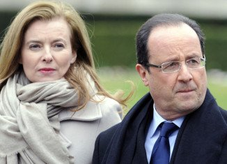 The Elysee Palace has contradicted media reports that President Francois Hollande would officially announce his separation from Valerie Trierweiler