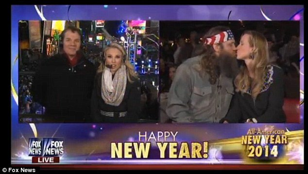 The interview with Willie and Korie Robertson on Fox News Channel appears to have given a welcome jolt to the networks New Years Eve coverage photo