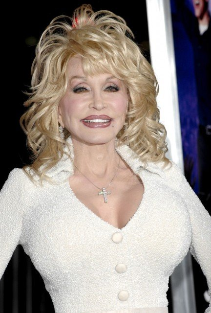 Dolly Parton will perform at this year's Glastonbury Festival