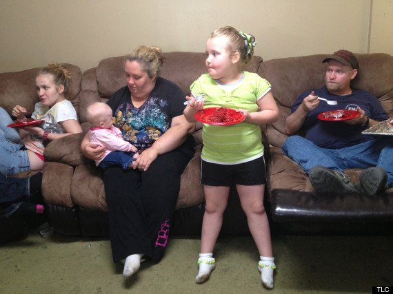 Honey Boo Boo's niece, Kaitlyn, was born with two thumbs on one of her hands