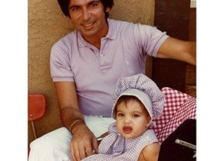 Kim Kardashian posted a picture of her late father, Robert Kardashian, on what would have been his 70th birthday