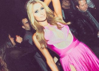 Paris Hilton marked her milestone in a bash at the Greystone Manor nightspot in Los Angeles