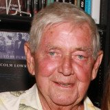 Ralph Waite played Depression-era homesteader John Walton in The Waltons