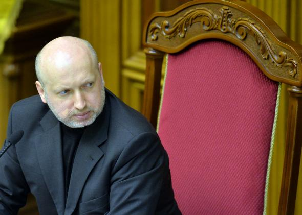 Ukraines interim President Olexander Turchynov has warned of the dangers of separatism following the ousting of President Viktor Yanukovych photo