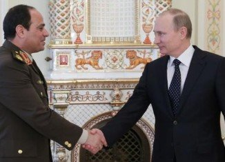 Vladimir Putin has announced he backs Egypt's military chief Abdul Fattah al-Sisi in his bid for the presidency