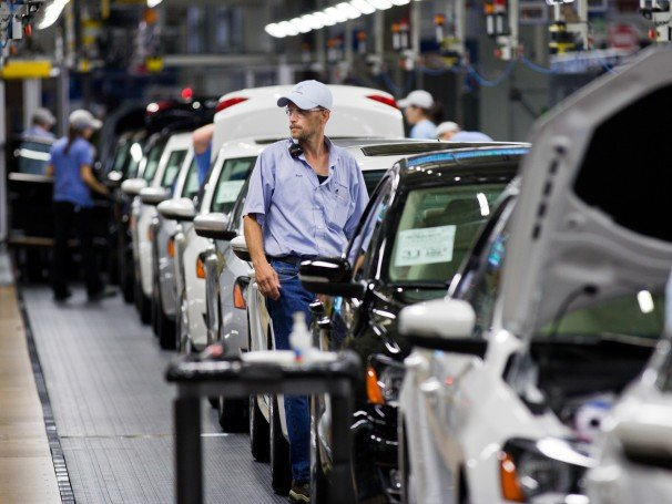 Volkswagen workers vote against UAW union in Chattanooga