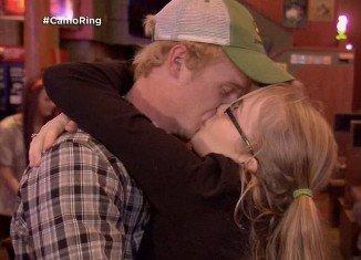 "Anna ""Chickadee"" and her boyfriend Michael got engaged in redneck style"