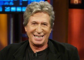 David Brenner, who had been fighting cancer, died peacefully at his home in New York City with his family at his side
