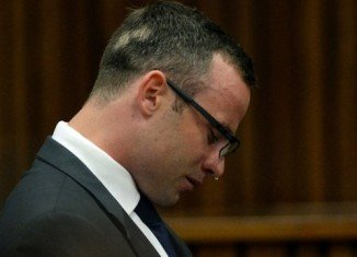 Double amputee Oscar Pistorius denies deliberately shooting Reeva Steenkamp last February