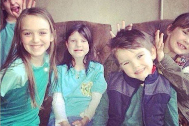 Duck Dynasty Season 5 finale showed the Robertson family support for little Mia before another cleft palate surgery