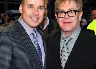 Elton John is to marry his partner David Furnish in May