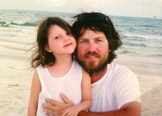 Jase Robertson revealed that his daughter Mia's bone graft surgery had him shaking in his boots