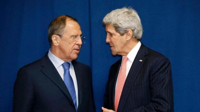 John Kerry and Sergei Lavrov have arrived in Paris for crisis talks on Ukraine