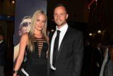 Reeva Steenkamp's messages paint a picture of Oscar Pistorius as a jealous and possessive boyfriend prone to anger