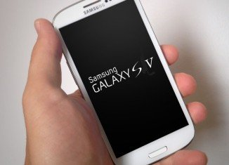 Samsung Galaxy S5 phone has been put on sale in South Korea three weeks early