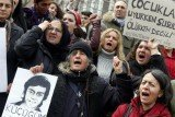 Tens of thousands of people have marched through Istanbul for Berkin Elvan's funeral