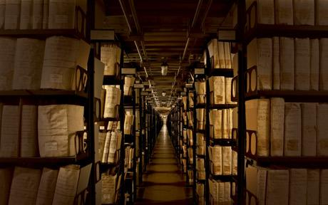 The Vatican Library has begun digitizing its collection of ancient manuscripts dating from the origins of the Catholic Church