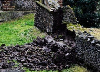 Wall of ancient Pompeii collapses after heavy rain