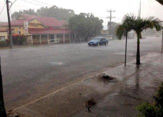 "Category 3 Cyclone Ita has hit northern Queensland in Australia with ""very destructive"" winds of more than 140 mph"