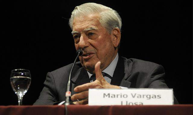 Mario Vargas Llosa has announced he will travel to Venezuela to back anti-Maduro groups