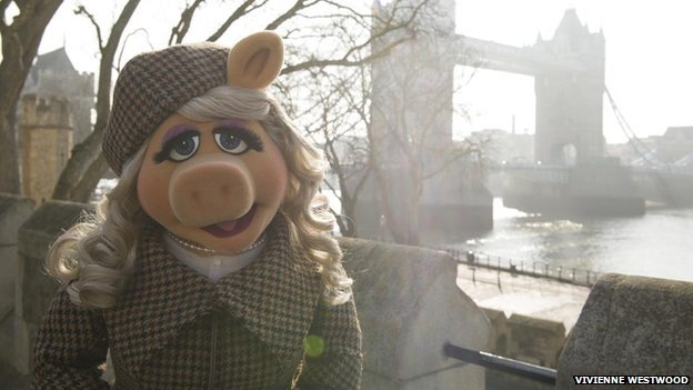 Miss Piggy has emerged as the latest high profile film character to bring attention to Harris Tweed
