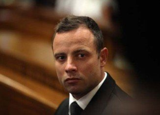 Oscar Pistorius's murder trial has resumed in Pretoria with the start of the defense case
