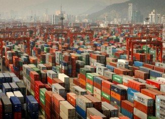 The Chinese exports and imports fell sharply in March 2014