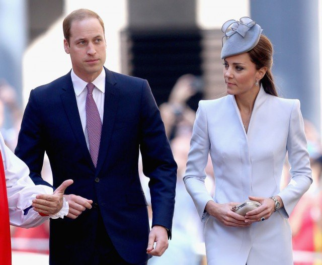 The Duke and Duchess of Cambridge were greeted by cheering crowds outside St Andrew's Cathedral in Sydney