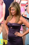 A recent InTouch cover story that claimed Jennifer Aniston is expecting a baby girl with fiancé Justin Theroux